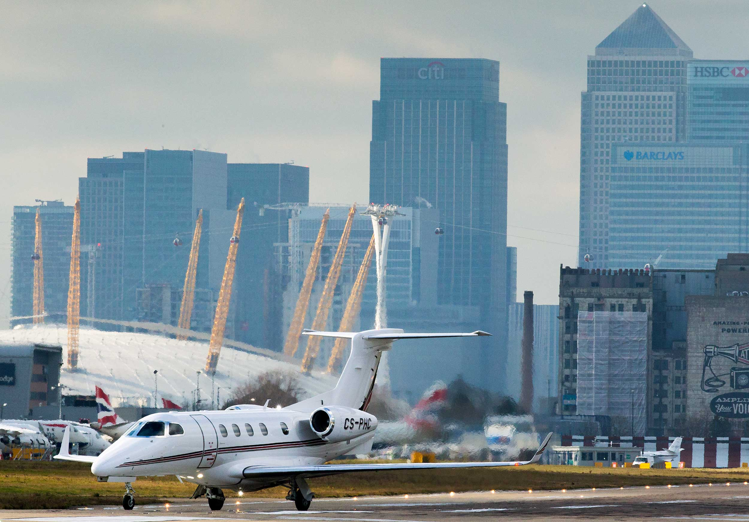 NetJets to recruit 60 experienced First Officers - Pilot