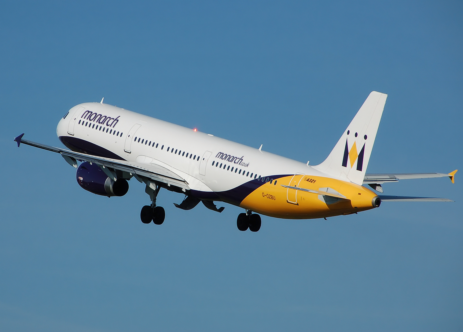 Monarch_a321-200_g-ozbu_takeoff_from_manchester_arp