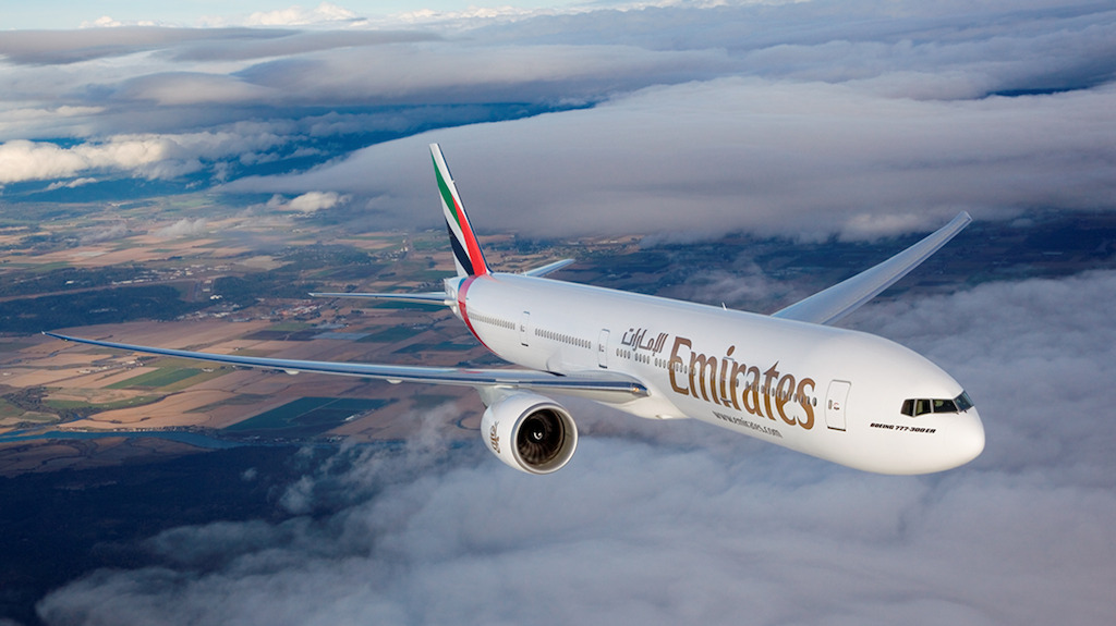 Emirates-Boeing-777-300-ER-capetown