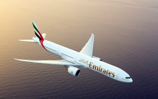 Emirates-Boeing–thumb