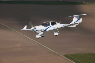 Patria orders Diamond aircraft