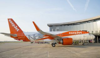 easyJet Airbus A320neo