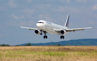 Air France to pay for cadet pilot training