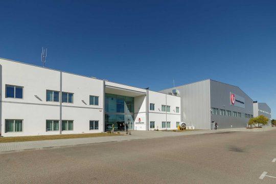 L3 opens pilot training centre in Portugal