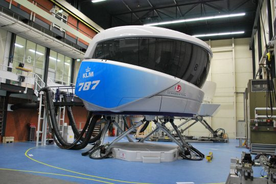 L3 Boeing 787 full flight simulator