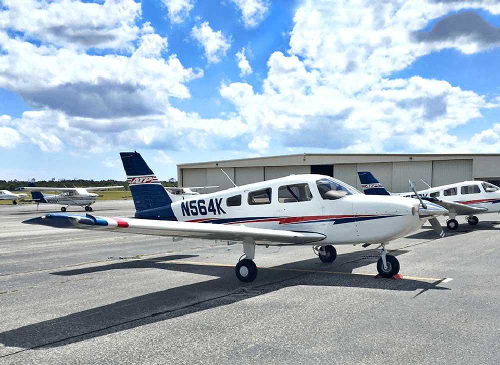 ATP flight school Piper Archer