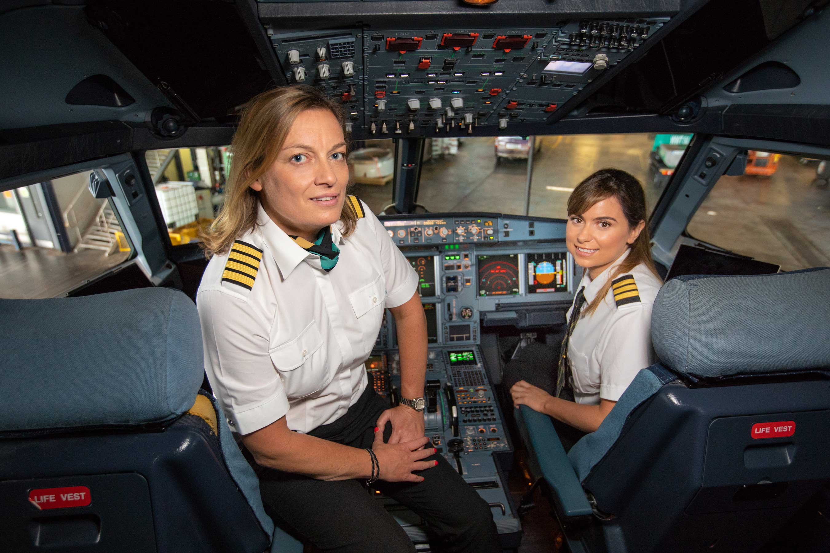 Aer Lingus female pilots
