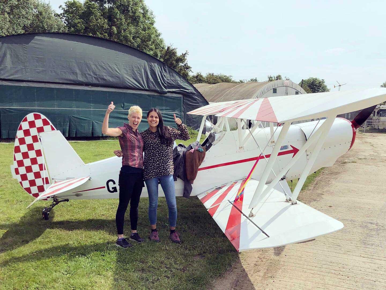 biplane aerobatics