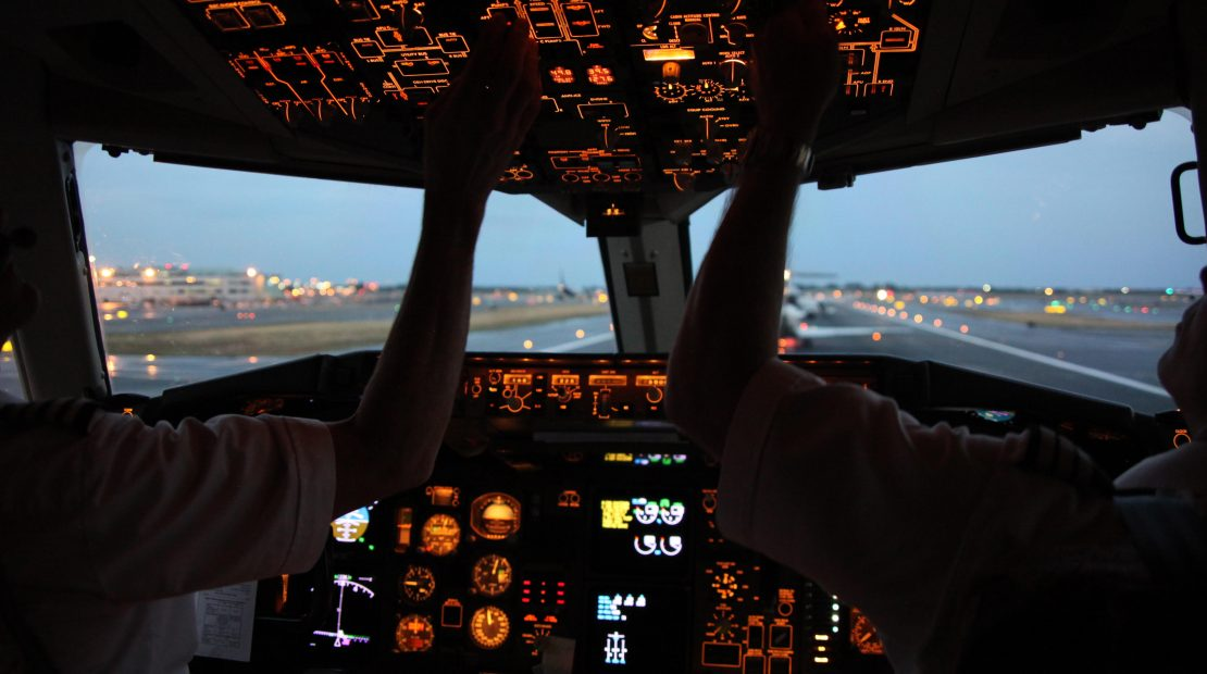 Top 5 tips to become a pilot