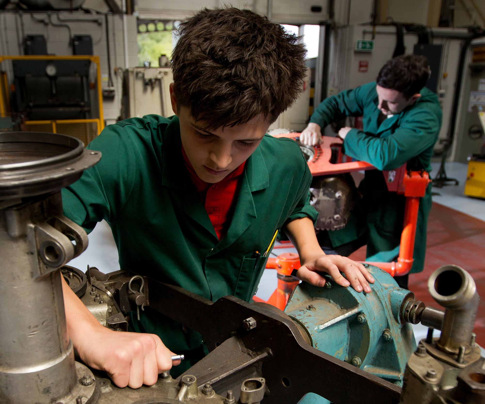 Caerdav apprenticeships