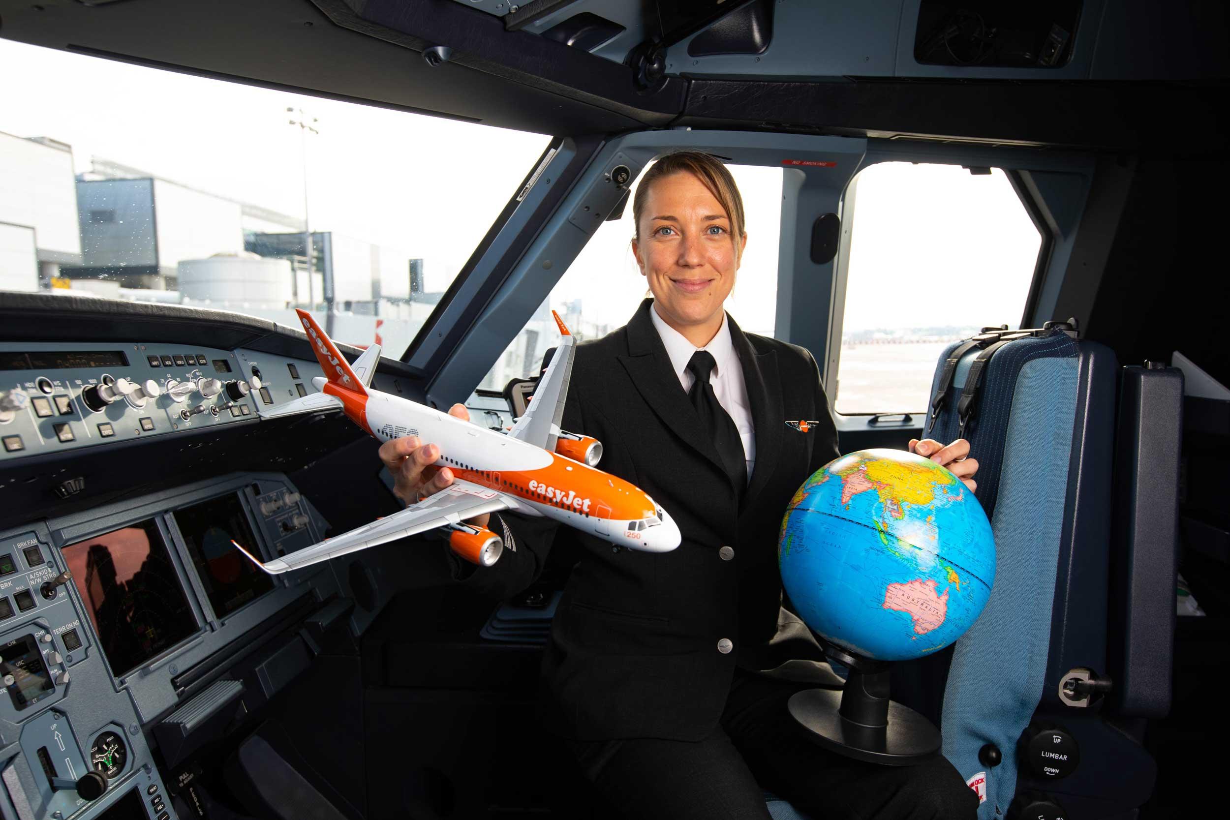 easyjet female pilot
